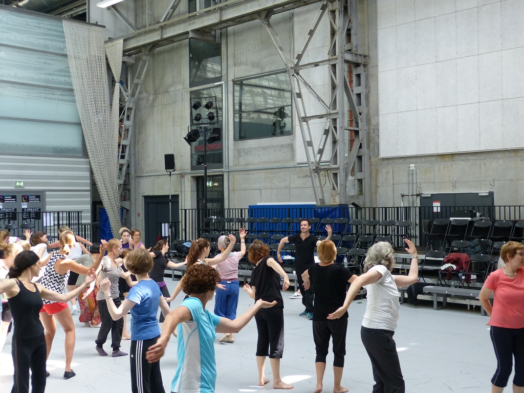 Dance for everybody - a workshop at Colours International Dance Festival Stuttgart