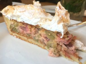 Rhubarb cake at Lumen in Stuttgart-West