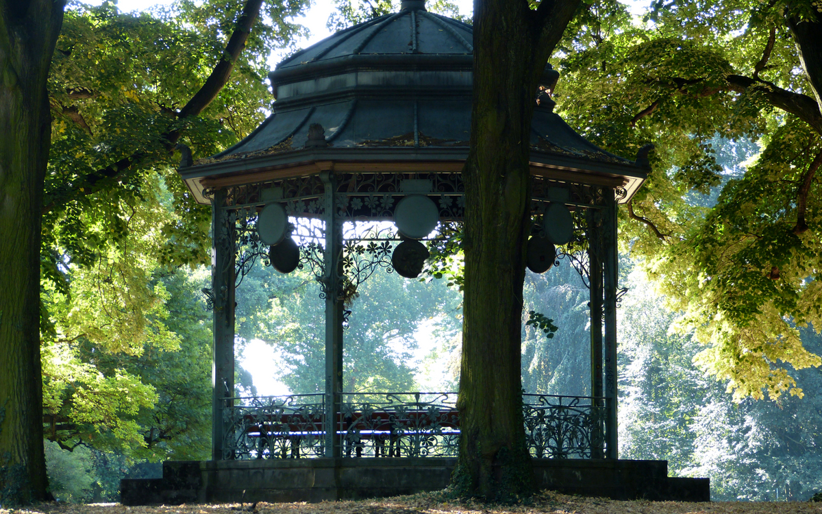 The pretty pavilion at upper Kurpark Bad Cannstatt.