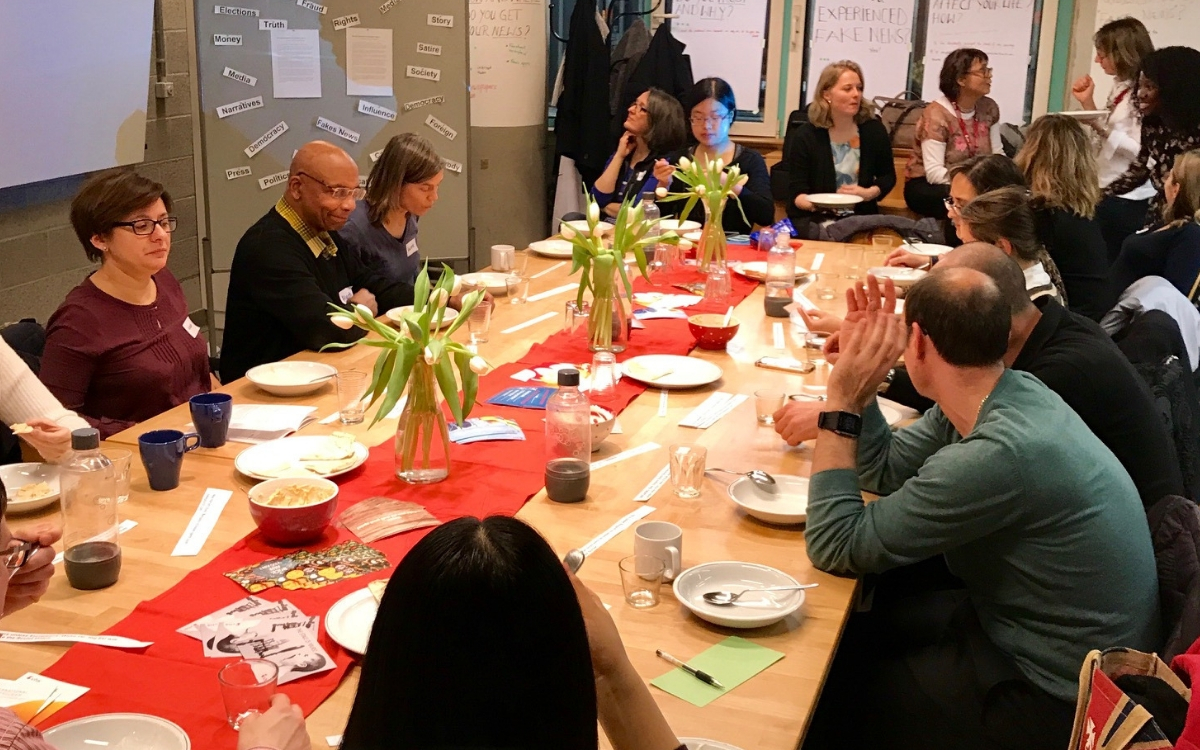 Dinner and Dialogue at vhs stuttgart. Photo credit: Daniele Nuccetelli